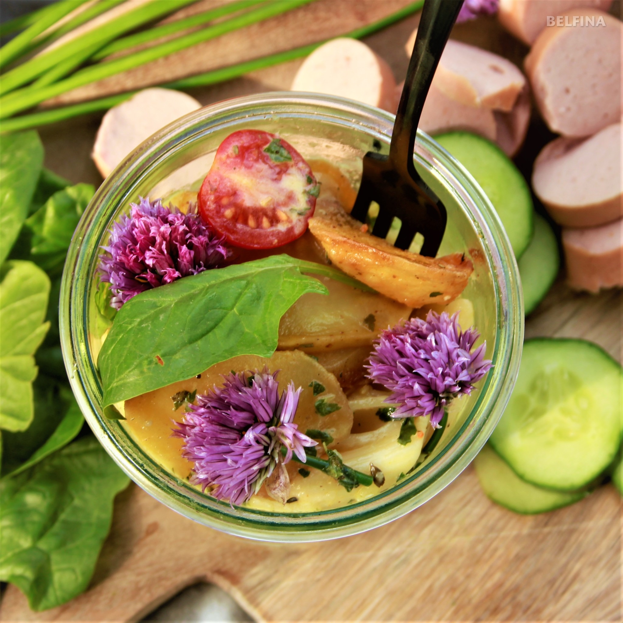 Makkaroni- Kartoffelsalat im Glas